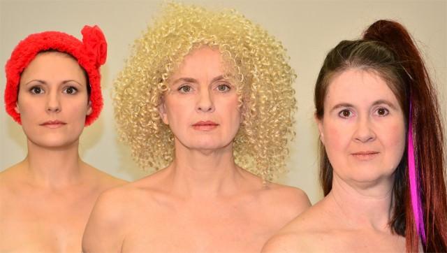 Ensemble Materialtheater- Der Montag gehört den Frauen