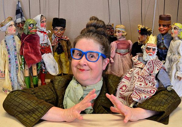 Puppen machen: LÄRM